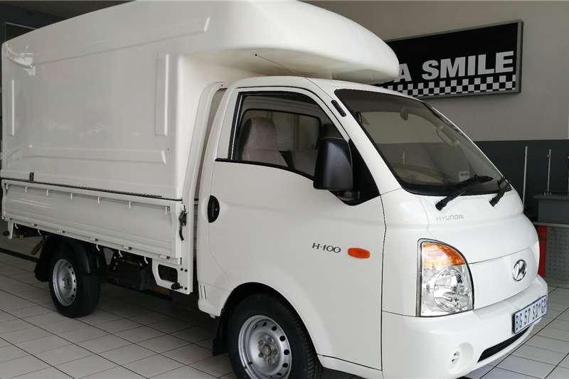 Hyundai H-100 2.6i D F/c D/s 2011