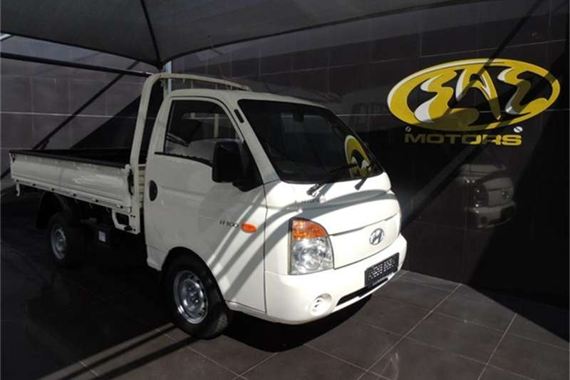 Hyundai H-100 Bakkie 2.6D chassis cab 2008