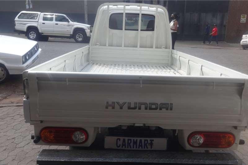Hyundai H-100 Bakkie 2.6D chassis cab 2008