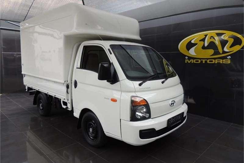 Hyundai H-100 Bakkie 2.6D chassis cab 2013