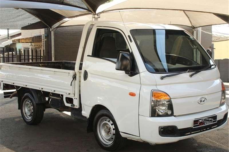 Hyundai H-100 Bakkie 2.6D chassis cab 2014
