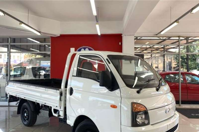Hyundai H-100 Bakkie 2.6D chassis cab 2016