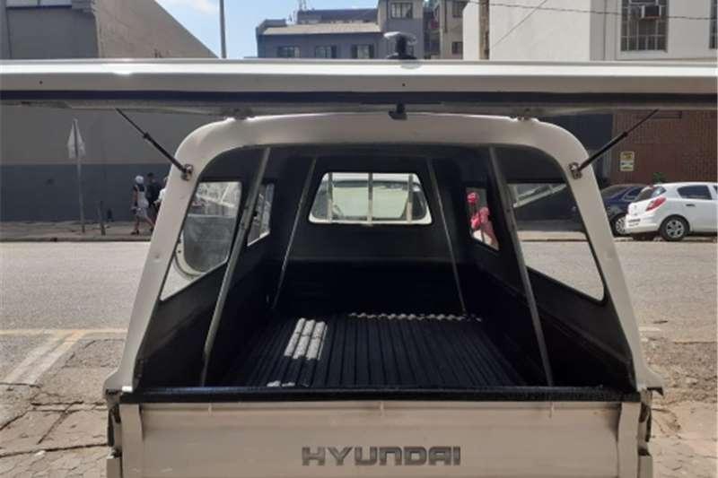 Used 2016 Hyundai H-100 Bakkie 2.6D deck