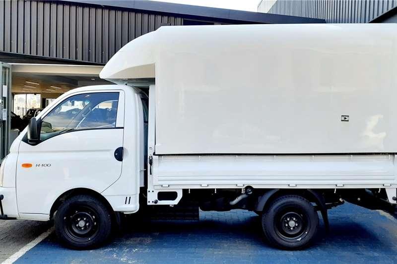 Used 2021 Hyundai H-100 Bakkie 2.6D deck