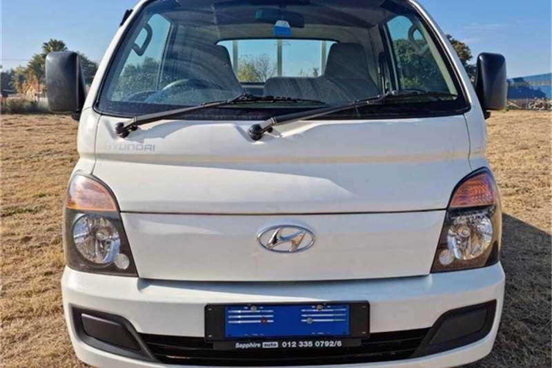 Used 2017 Hyundai H-100 Bakkie 2.6D deck (aircon)