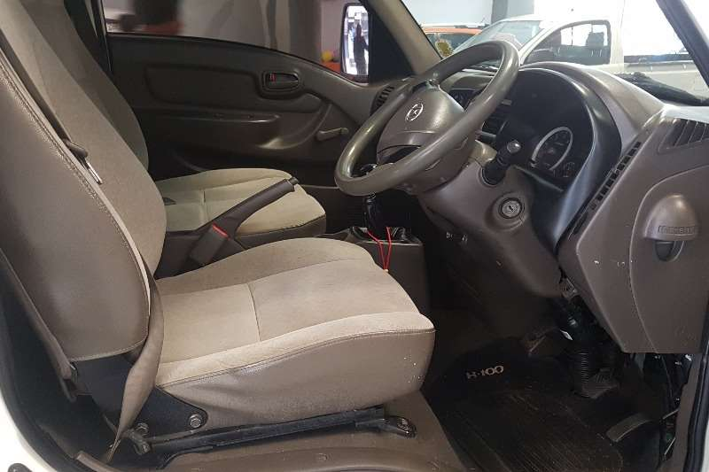 2015 Hyundai H-100 Bakkie 2.6D chassis cab