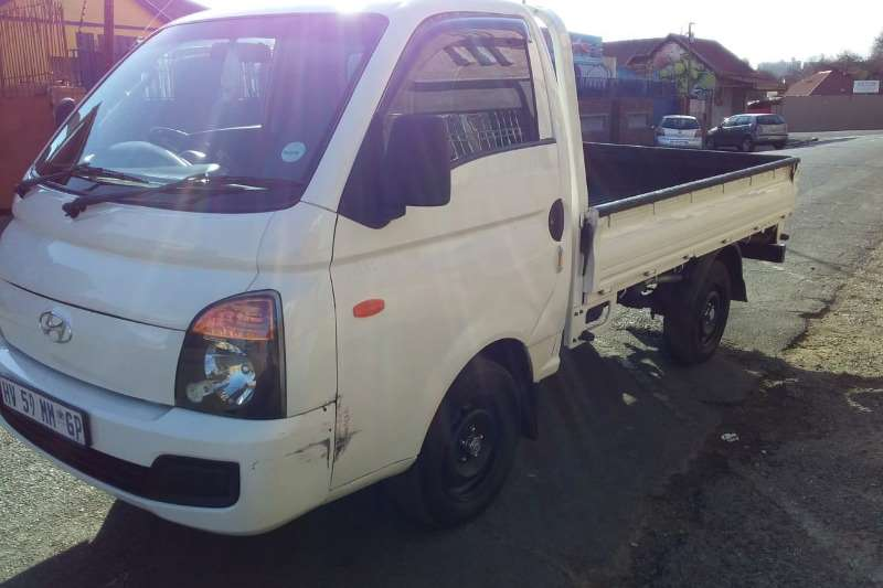 2005 Hyundai H-100 Bakkie 2.6D chassis cab