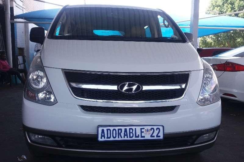 Hyundai H1 H 1 2.4 panel van GL (aircon) 2011
