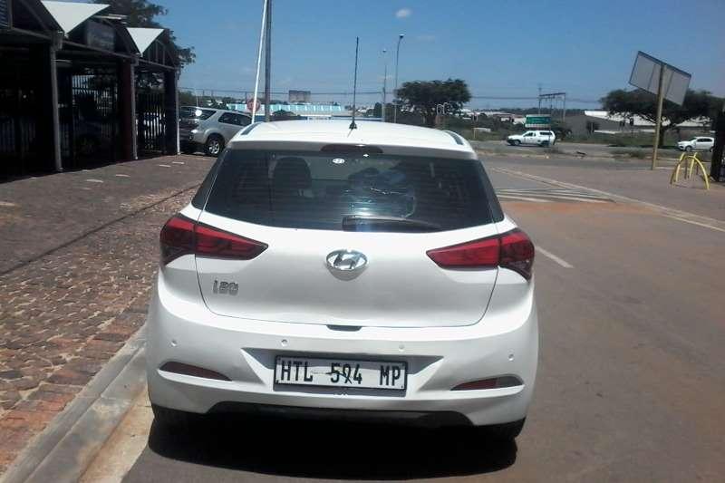 Hyundai i20 1.4 Fluid 2015