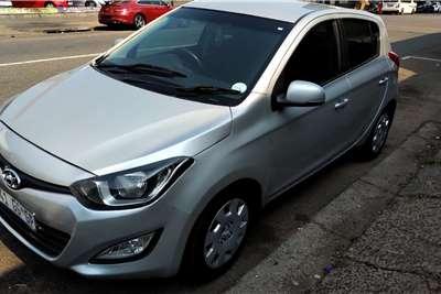 Hyundai I20 1.4 Fluid auto 2014