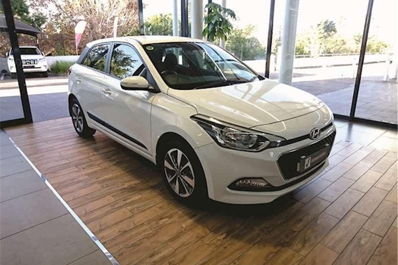 Hyundai I20 1.4 Fluid auto 2017