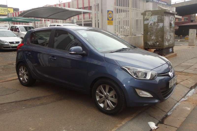 Hyundai I20 1.4 GL 2013