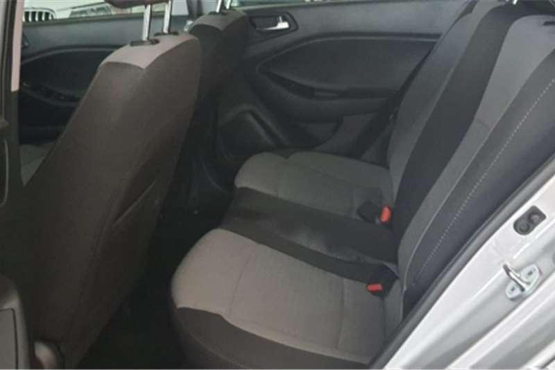 Hyundai I20 1.4 GL auto 2015