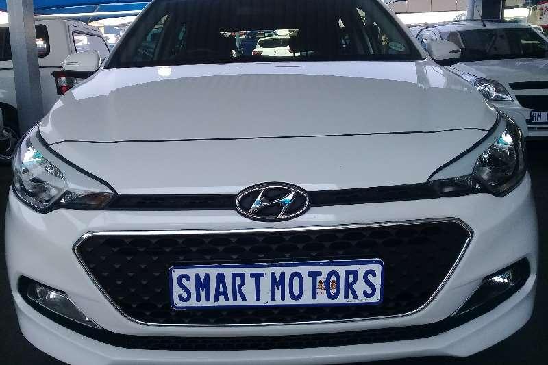 Hyundai I20 1.4 Motion auto 2016