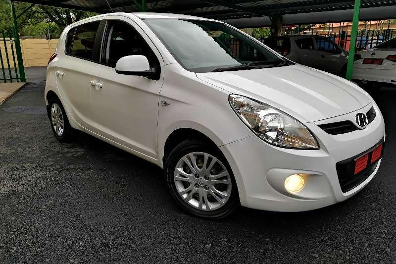 Hyundai I20 1.6 GLS AUTOMATIC 2011