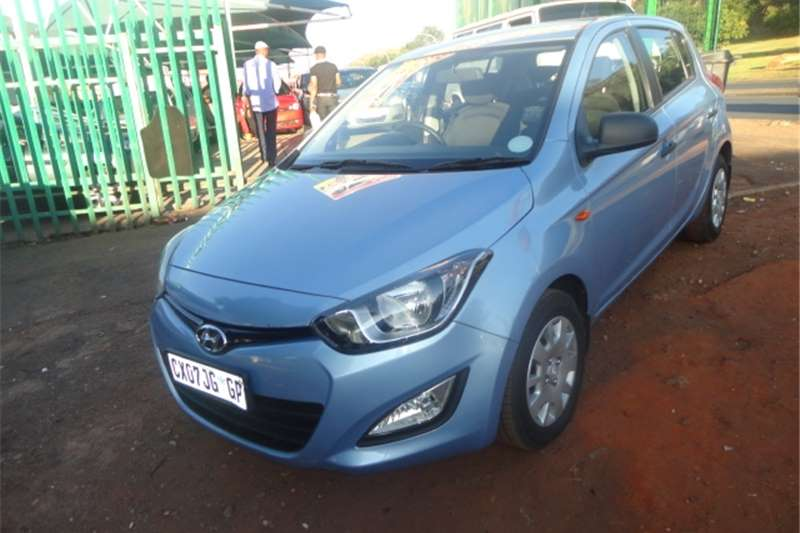 Hyundai I20 1.6 manual hatchback 2013