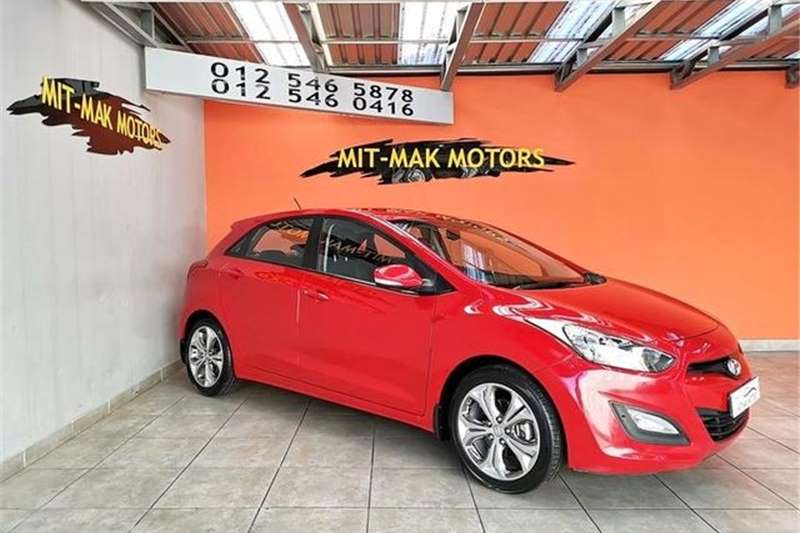 Hyundai i30 1.8 Executive 2013