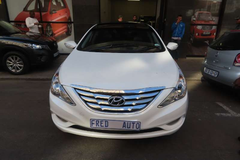 Hyundai Sonata 2.4 GLS automatic 2013