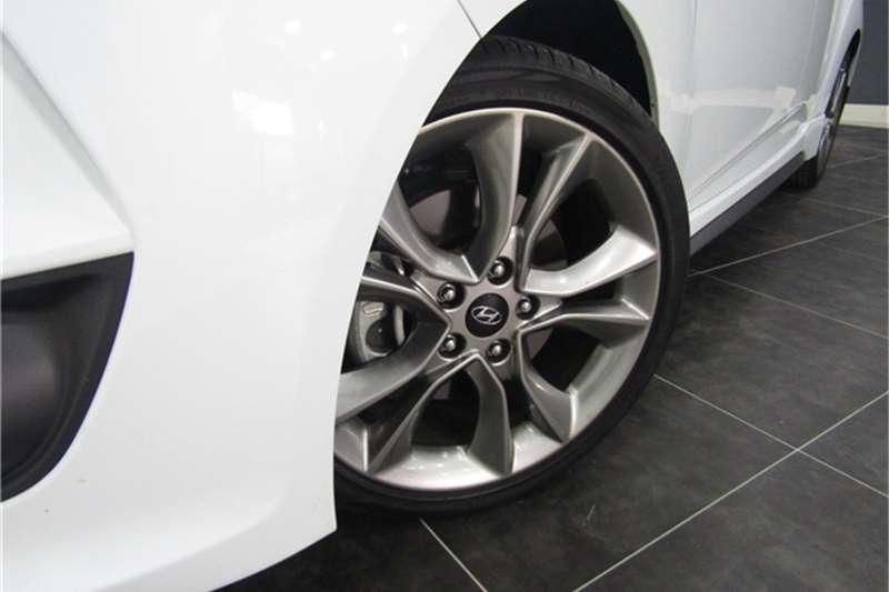 Used 2015 Hyundai Veloster Turbo Elite auto
