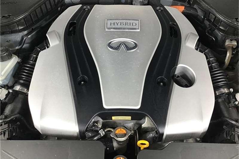 Infiniti Q50 S Hybrid 2014
