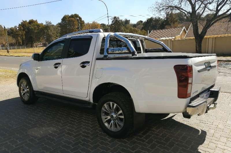 Used 2019 Isuzu D-Max Double Cab D MAX 300 LX A/T D/C P/U