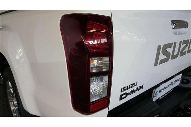 Isuzu D-Max Double Cab D MAX 300 LX A/T D/C P/U 2021