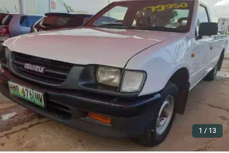 Isuzu KB 200 2004