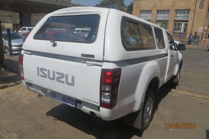 Isuzu KB 250 2015