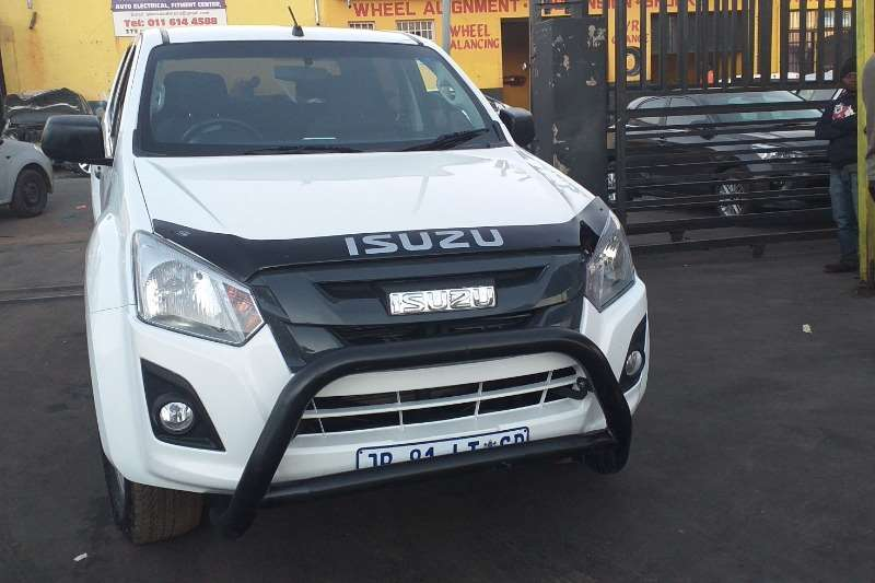 Isuzu KB 250D Teq double cab Fleetside 2017