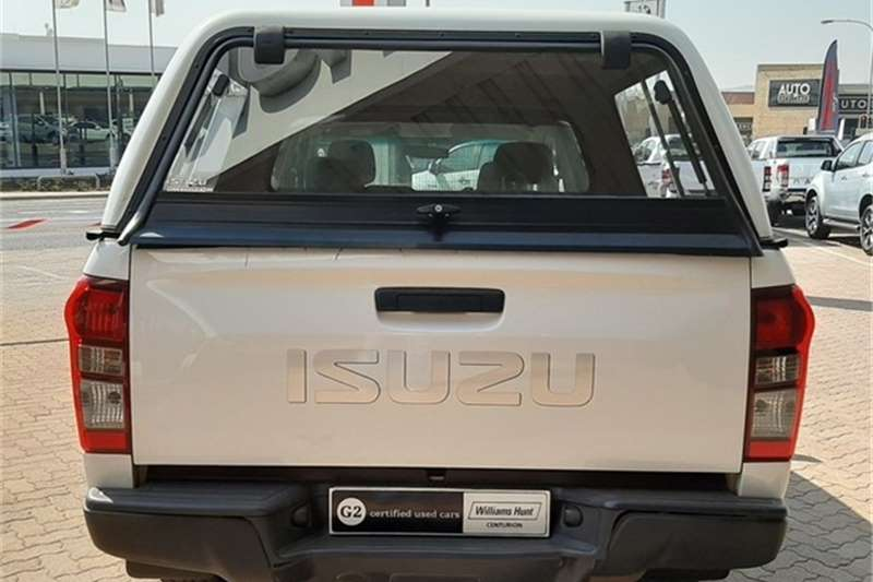 Isuzu KB 250D-Teq double cab Hi-Rider 2016