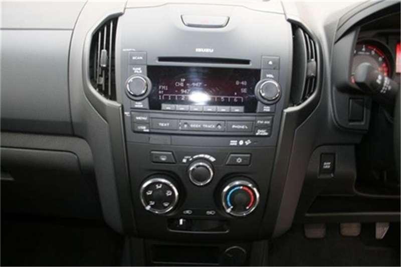Isuzu KB 250D-Teq double cab LE 2018