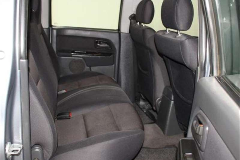 Isuzu KB 250D-Teq double cab LE KB72 2013