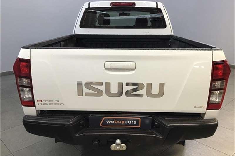 Isuzu KB 250D Teq Extended cab LE 2015