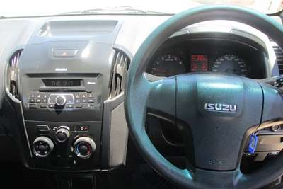 Isuzu KB 250D Teq Fleetside (safety pack) 2015