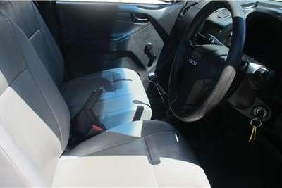 Used 2015 Isuzu KB 250D Teq Fleetside (safety pack)