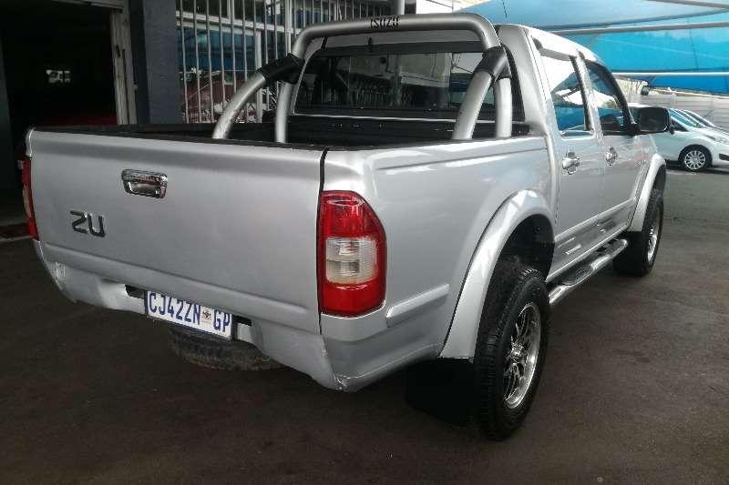 Isuzu KB 300 Diesel 4x4 double cab 2011