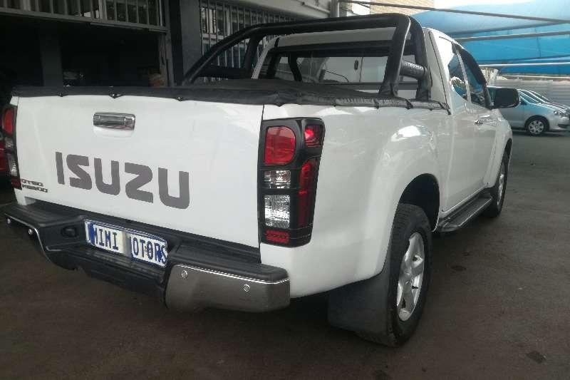 Isuzu KB 300 Super cab 2014