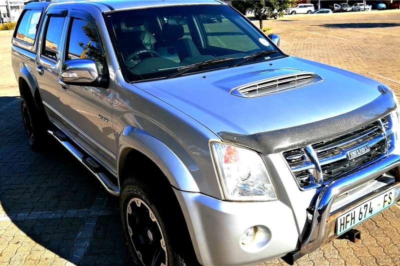 Isuzu KB 300D Teq double cab 4x4 LX 2010