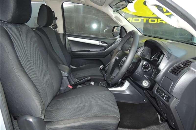 Isuzu KB 300D-Teq double cab 4x4 LX 2013