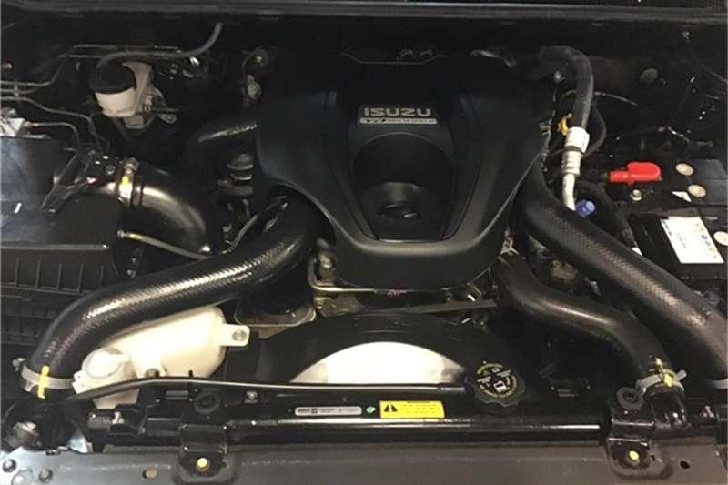 Isuzu KB 300D-Teq double cab 4x4 LX 2015