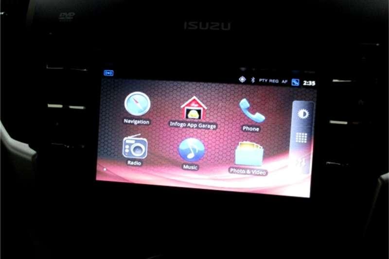 Isuzu KB 300D-Teq double cab 4x4 LX 2017