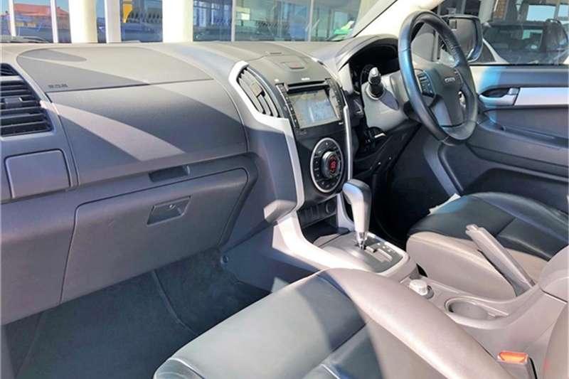 Isuzu KB 300D-Teq double cab 4x4 LX auto 2017