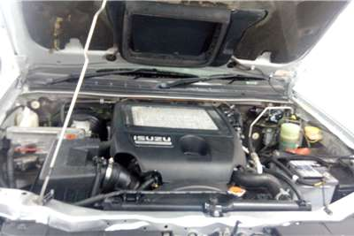 Isuzu KB 300D Teq double cab LX 2010