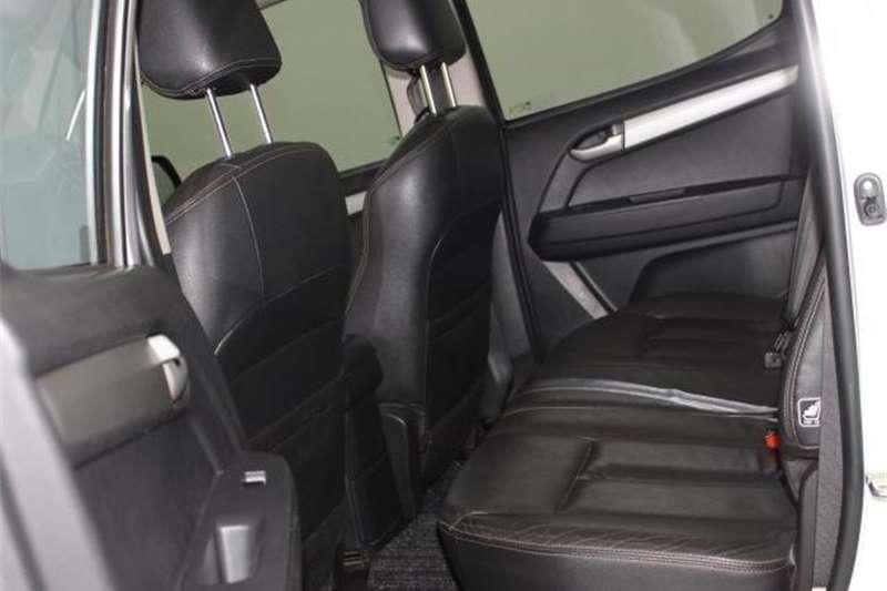 Isuzu KB 300D-Teq double cab LX 2015