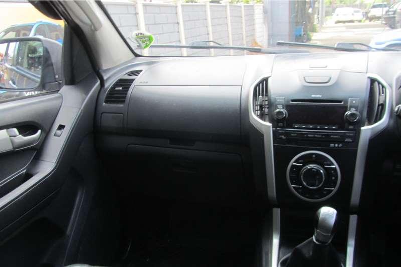 Isuzu KB 300D Teq double cab LX 2016