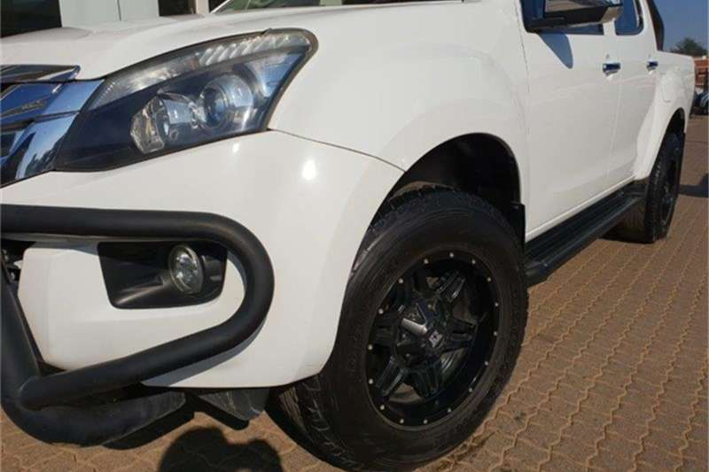 Isuzu KB KB 300D-Teq double cab LX auto for sale in ...