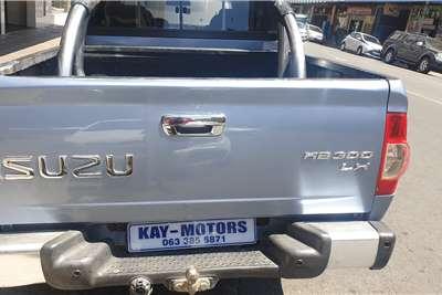 Isuzu KB 300D Teq double cab Serengeti 2012