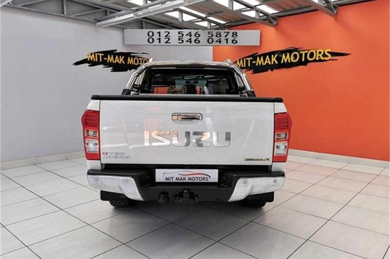 Isuzu KB 300D Teq double cab Serengeti 2016