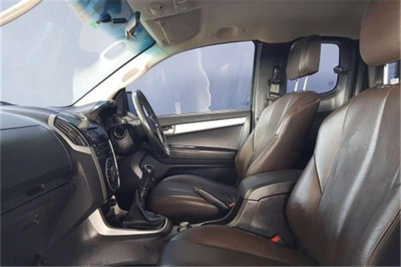 Isuzu KB 300D Teq Extended cab 4x4 LX 2013