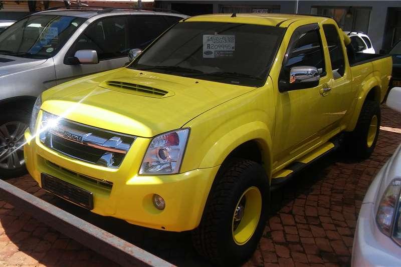 Used 2012 Isuzu KB 300D Teq Extended cab LX